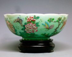 The Butterflies - High-Fire Famille Rose Overglaze Celedon Porcelain Bowl