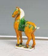 Sancai Tang Tri-Color Ceramic Horse Figurine Statue Decorative Ornament