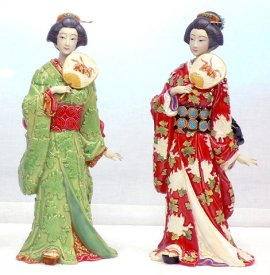PAIR Japanese Kimono Geisha Porcelain Figurine Set - Masterpiece