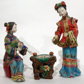 Ceramic / Porcelain Chinese figurine oriental lady playing chess
