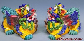 Koji Pottery - Chinese Guard Lions or Foo Dogs Ceramic Figurine Statue PAIR