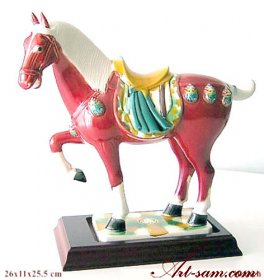 Tang tri-color glazed ceramic Ruby horse statue